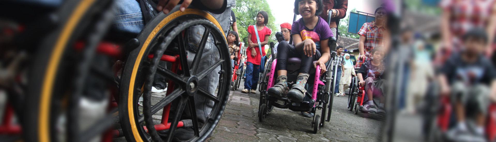 kids on their wheelchair